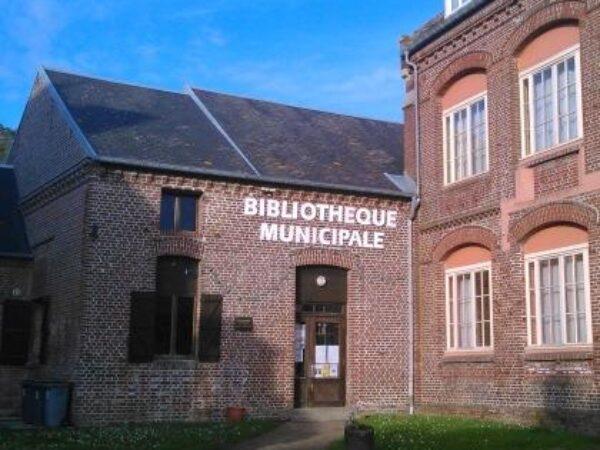 LA BIBLIOTHEQUE D'AULT : AVIS AUX LECTEURS